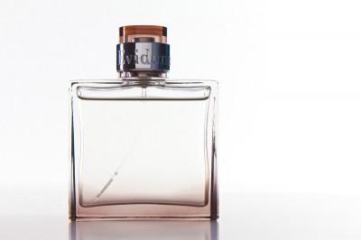 flacon parfum packshot