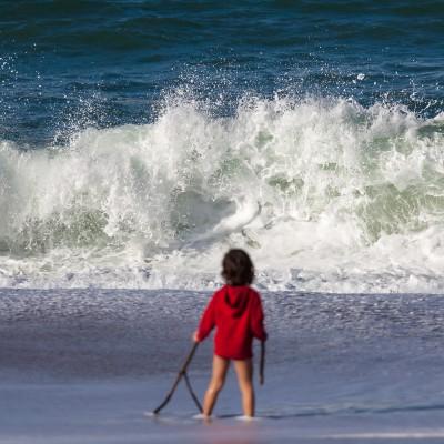 En face des vagues